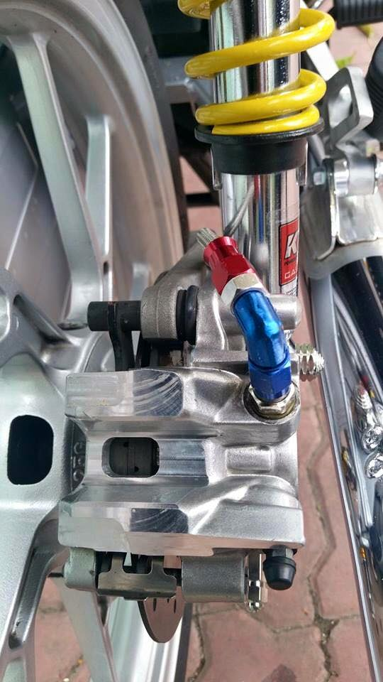 Phien ban vang bac cua chiec Honda Wave Thailan - 3