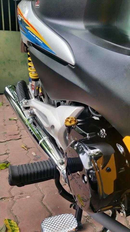 Phien ban vang bac cua chiec Honda Wave Thailan - 5