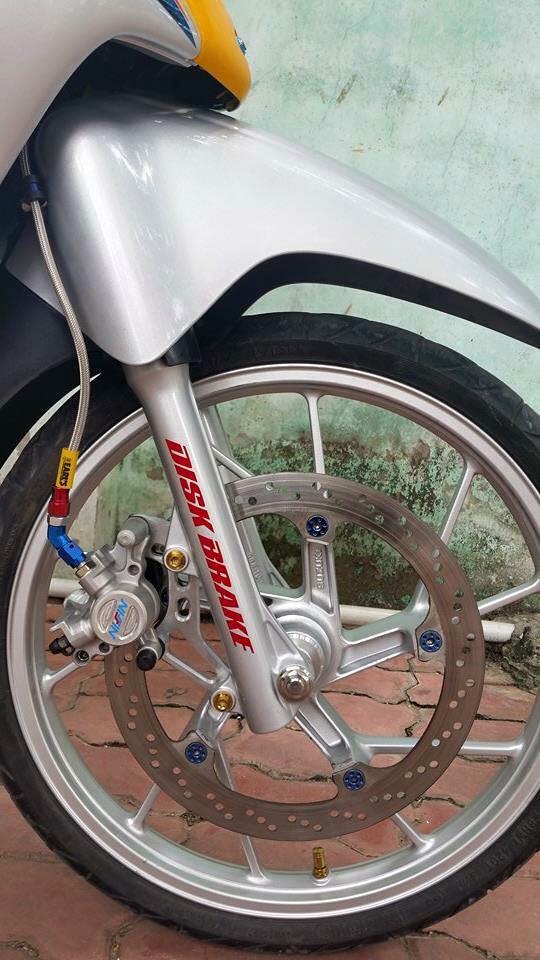 Phien ban vang bac cua chiec Honda Wave Thailan - 10