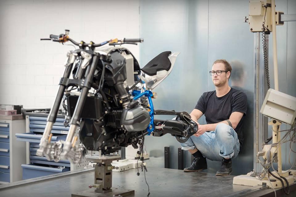 Qua trinh thuc hien sieu pham BMW Concept Roadster - 11