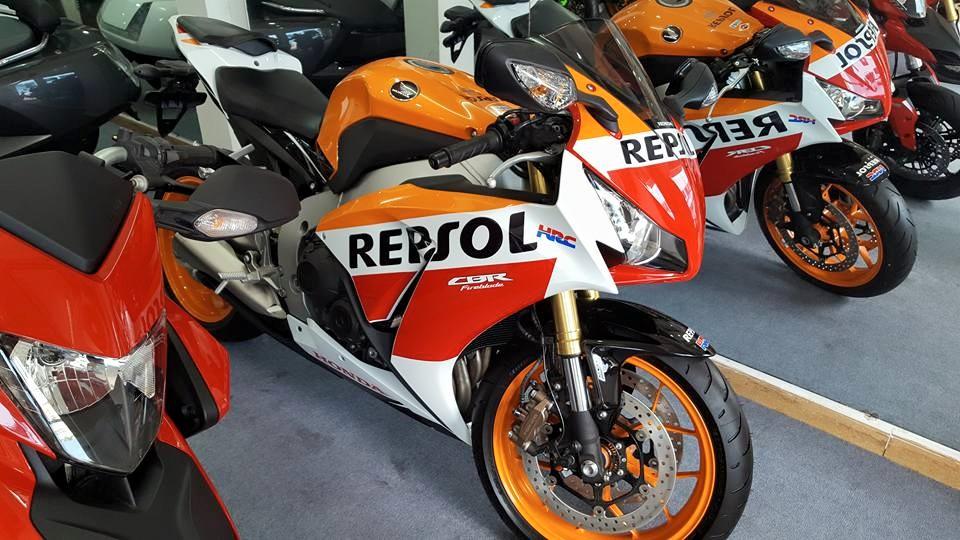 Showroom Moto Ken so luong xe co hang sale nhanh cho ra di - 6
