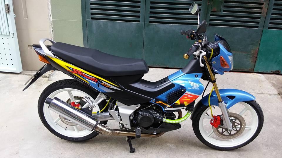 Sonic 125cc con xe dang cap cua hang Honda