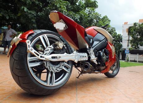 Suzuki bKing phien ban Ironman - 3