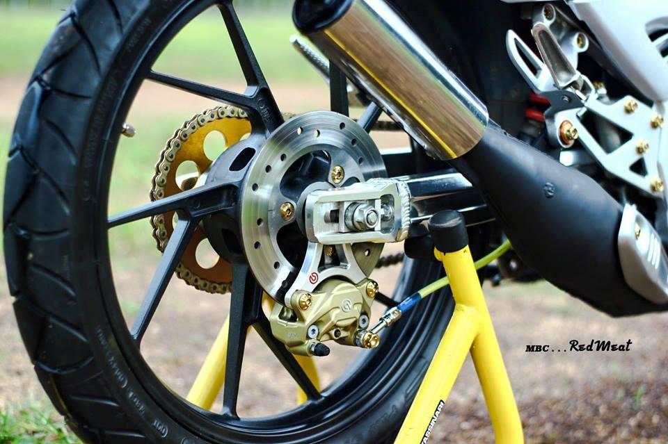 Suzuki satria 120 do phong cach zin di dao pho - 4