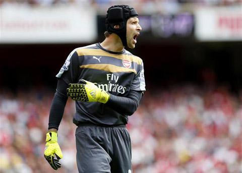 Tan cong nhieu khong ghi ban Arsenal da phai tra gia - 2