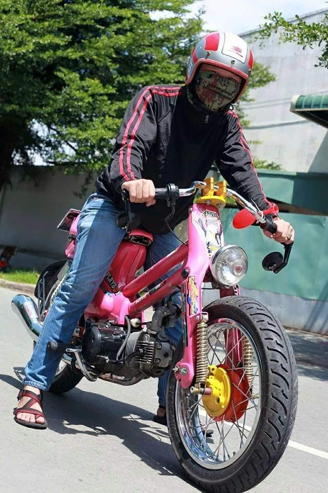 Xe Cub Do bao Hong cua Mot tay phuot Sai Gon - 8