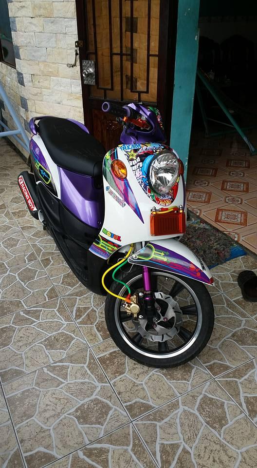 Yamaha Mio Classico 110cc con xe cua nu biker chiu choi - 2