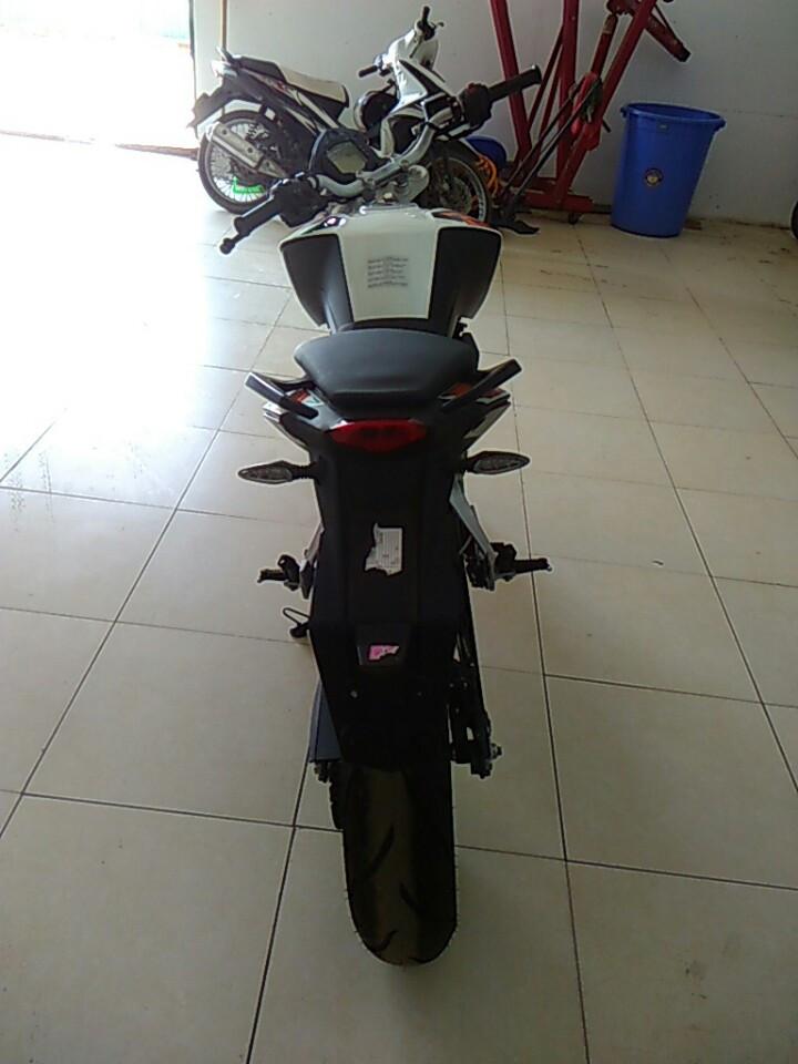 Ban xe KTM duke 200 khong ABS - 4