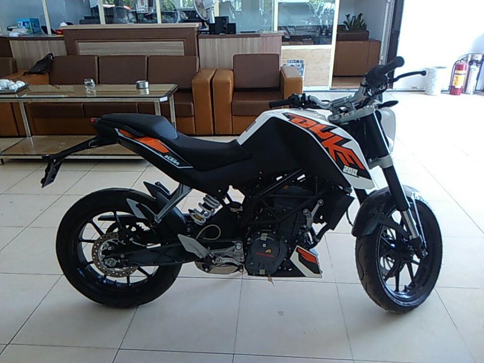 Ban xe KTM duke 200 khong ABS - 5