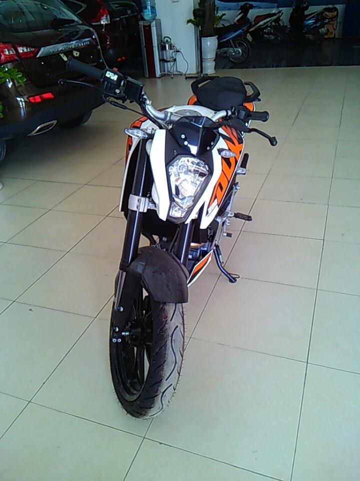 Ban xe KTM duke 200 khong ABS - 6