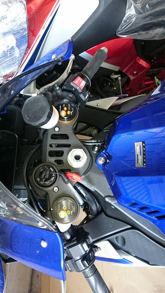 Ban Yamaha R1 hang hot Gia nong hoi luon nha - 3