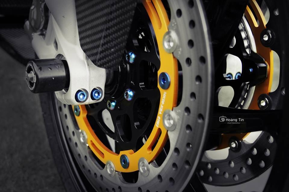 BMW S1000R 2015 voi ban do cuc chat cua biker Viet - 12