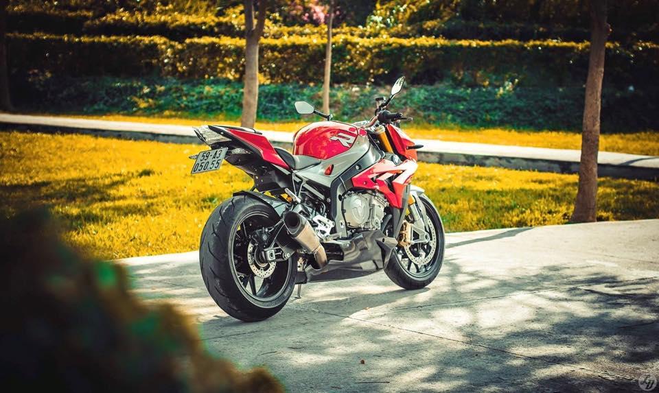 BMW S1000R 2015 voi ban do cuc chat cua biker Viet - 36