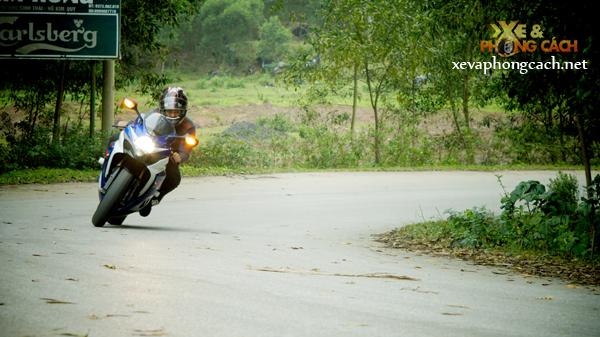 Cam nhan cua biker Thanh Hoa ve xe Suzuki GSXR huyen thoai - 2