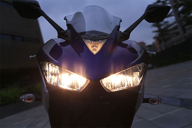 Canh tranh voi doi thu bang gia lieu Yamaha R3 con giu duoc chat - 2