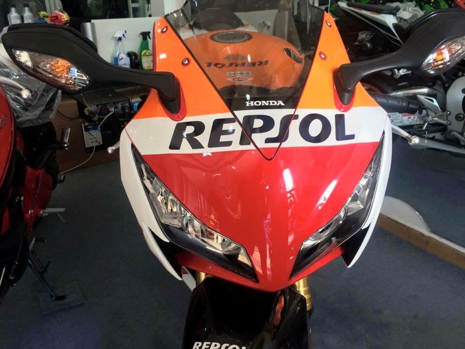 cBR 1000 RR repsol 2015 ABS HQCNgia tot bao ten