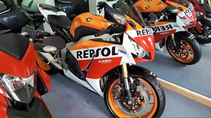 cBR 1000 RR repsol 2015 ABS HQCNgia tot bao ten - 3