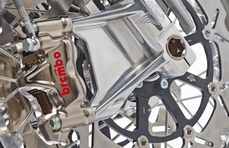 Chien binh giap sat Horex VR6 Silver Edition - 3