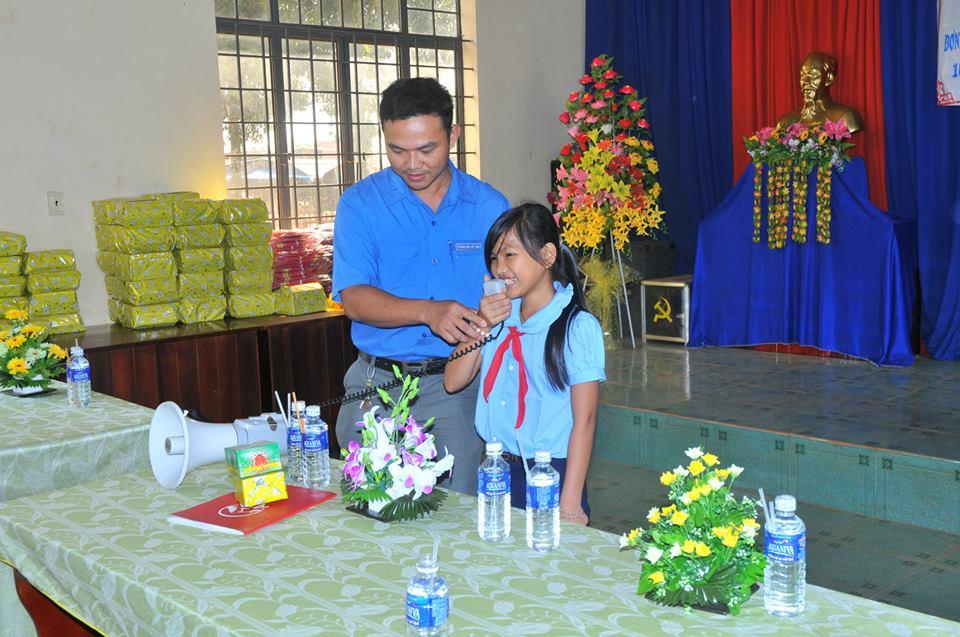 Chuong trinh thien nguyen Chap Canh Uoc Mo cua CLB Exciter Binh Phuoc - 6