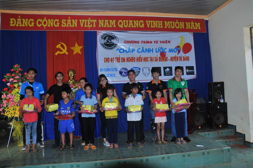 Chuong trinh thien nguyen Chap Canh Uoc Mo cua CLB Exciter Binh Phuoc - 10