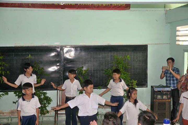 Club Exciter Sai Gon cung hanh trinh Chia Se Yeu Thuong 2015 - 6
