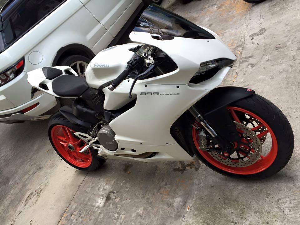 Ducati 899 Panigale tuyet dep voi dan chan tu 1199 Panigale - 2