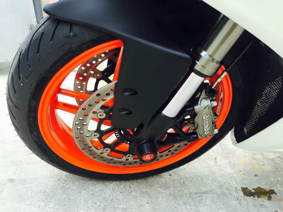 Ducati 899 Panigale tuyet dep voi dan chan tu 1199 Panigale - 6