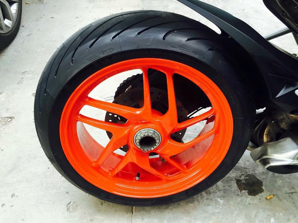 Ducati 899 Panigale tuyet dep voi dan chan tu 1199 Panigale - 7