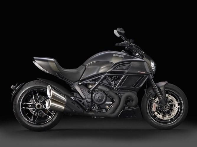 Ducati Diavel Carbon 2016 se dinh hon gap boi phan doi cu - 2