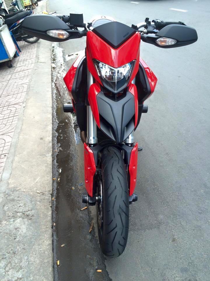 Ducati hyper montrada 821HQCNgia re bao ten