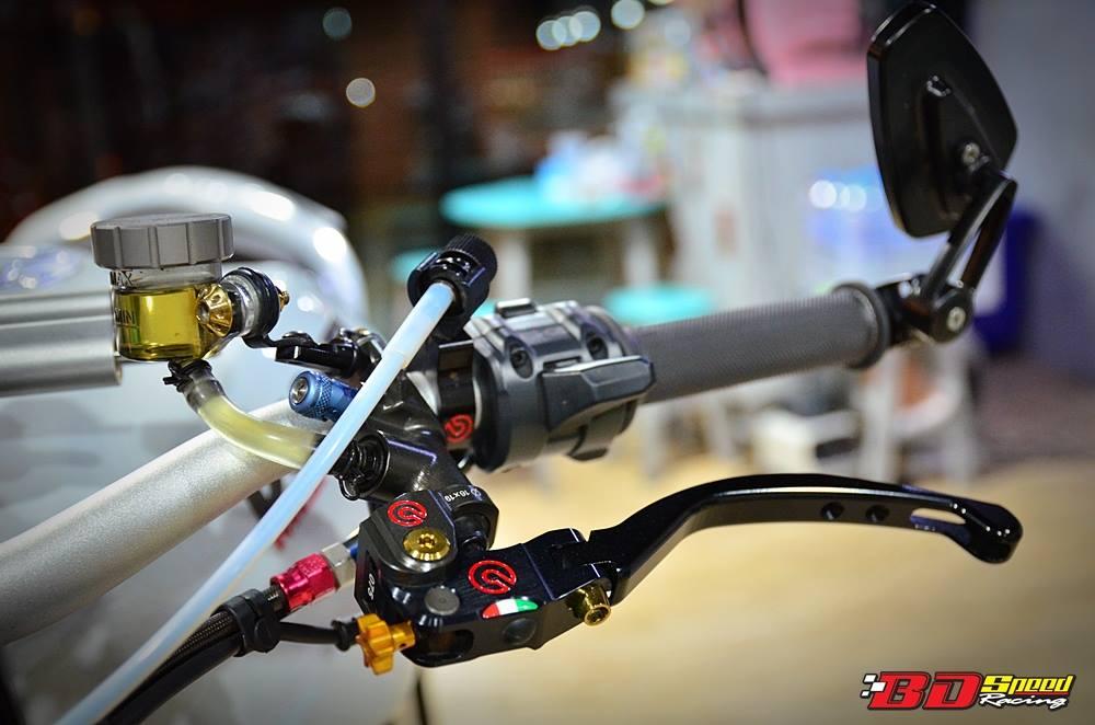 Ducati Monster 1200 do sieu khung voi dan do choi hang hieu - 8