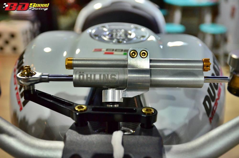 Ducati Monster 1200 do sieu khung voi dan do choi hang hieu - 9