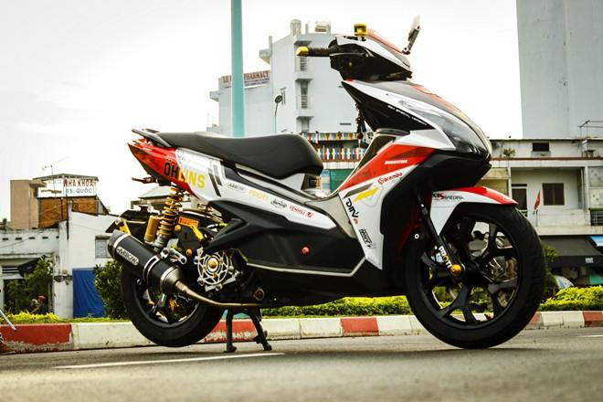 Honda Air Blade do noi bat o Sai Gon - 6