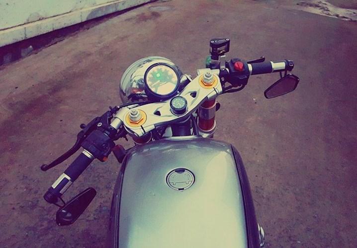 Honda CB750 cafe racer do cuc chat qua ban tay tho Viet - 4