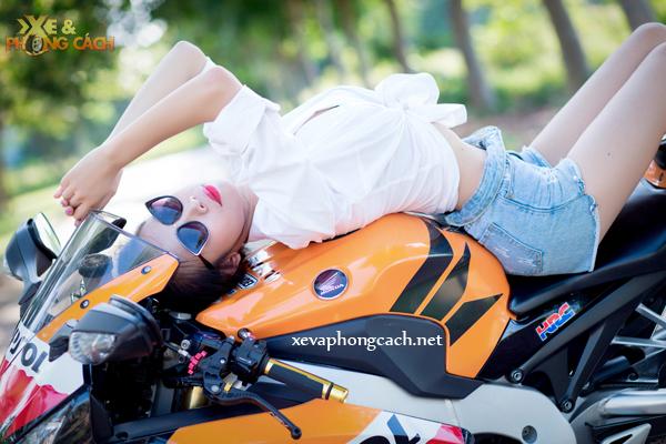 Honda CBR1000RR Repsol day phong cach ben chan dai goi cam - 7