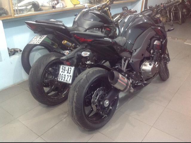 Kawasaki Z1000 test po MIVV day uy luc