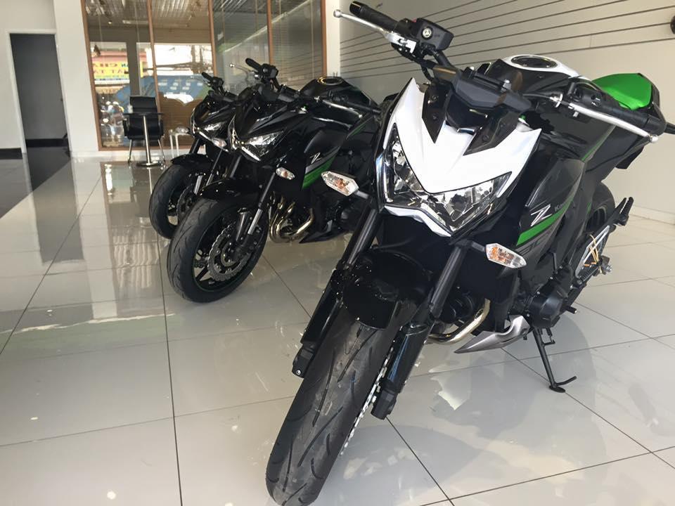 Kawasaki Z800 ABS 2016 chinh thuc duoc ban tai Viet Nam voi gia khong doi - 2