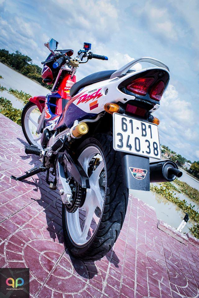 Nova Binh Duong dep manh me voi nhieu do choi va nguyen mau cua honda nova doi 2000 Do Trang Tim - 2