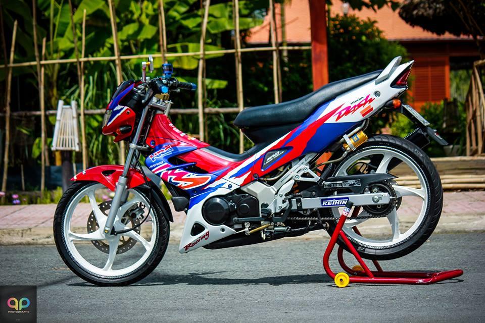 Nova Binh Duong dep manh me voi nhieu do choi va nguyen mau cua honda nova doi 2000 Do Trang Tim - 5