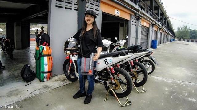 Nu biker 1995 choi xe mo to khien bao anh chang phai ne phuc - 2