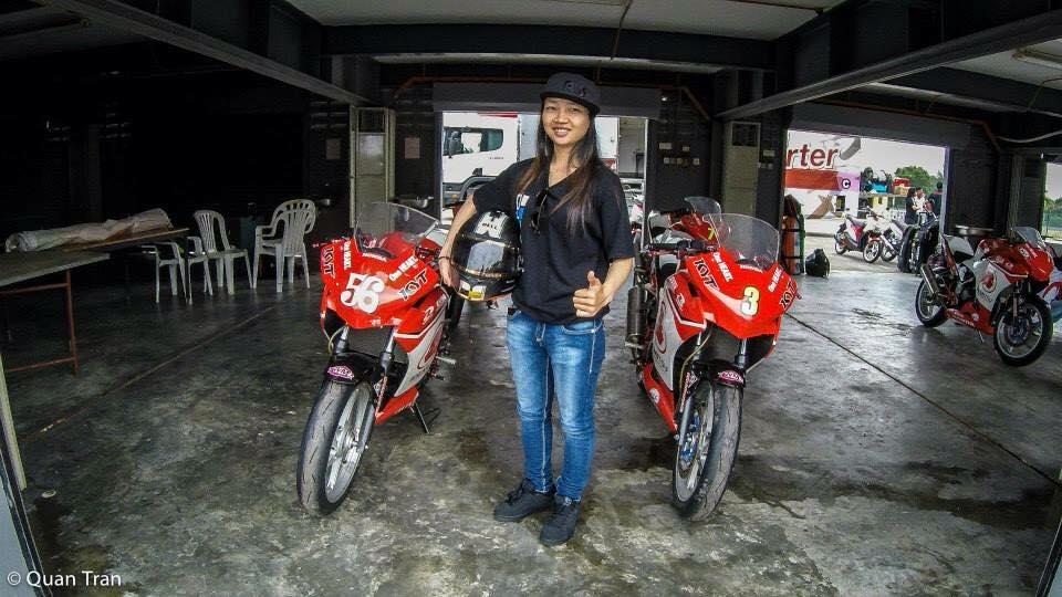 Nu biker 20t cua Viet Nam tai dau truong Quoc Te