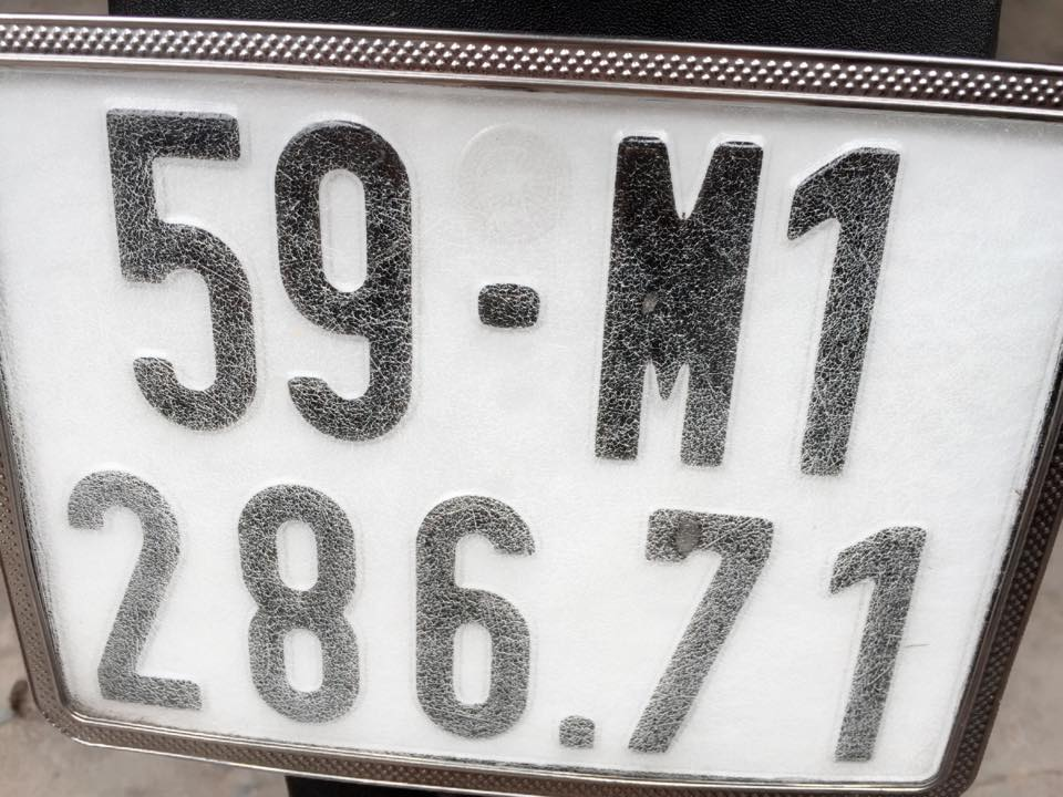 Piaggio Liberty 125 ie mau trang chinh chu - 2