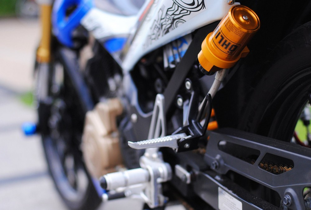 Suzuki Satria F do day dam me va nhiet huyet cua biker Viet - 8