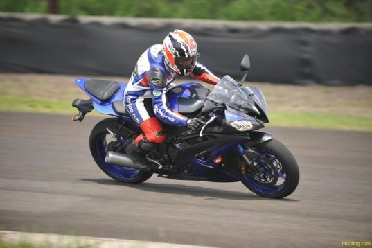 Tin Don Yamaha du dinh phat trien moi dong xe R6 2016
