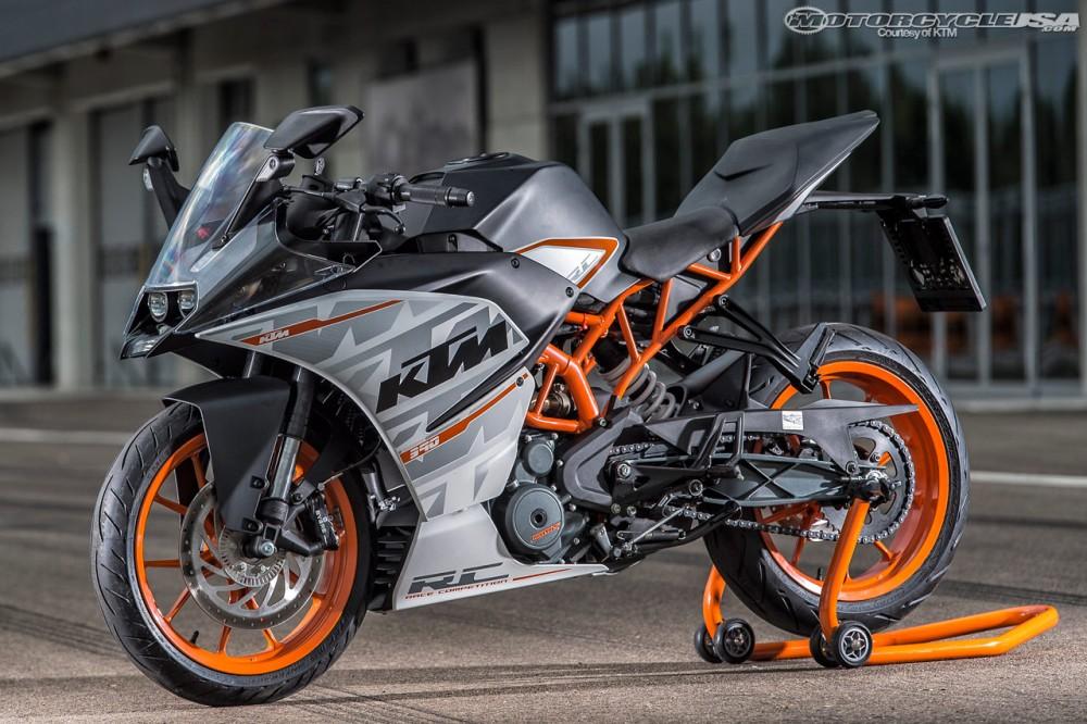 Vai danh gia ve Honda CBR300R Kawasaki Ninja300 Yamaha R3 va KTM RC390 - 4