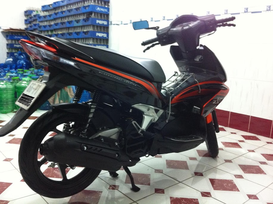 Xe AirBlade Thai 2010 Den Cam 6000km - 3