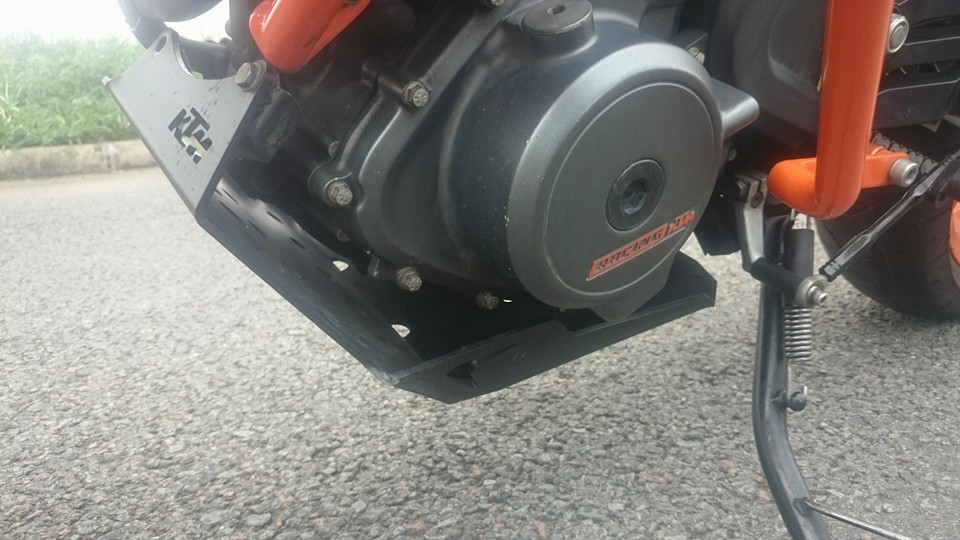 BAN KTM DUKE 390 ABS - 9