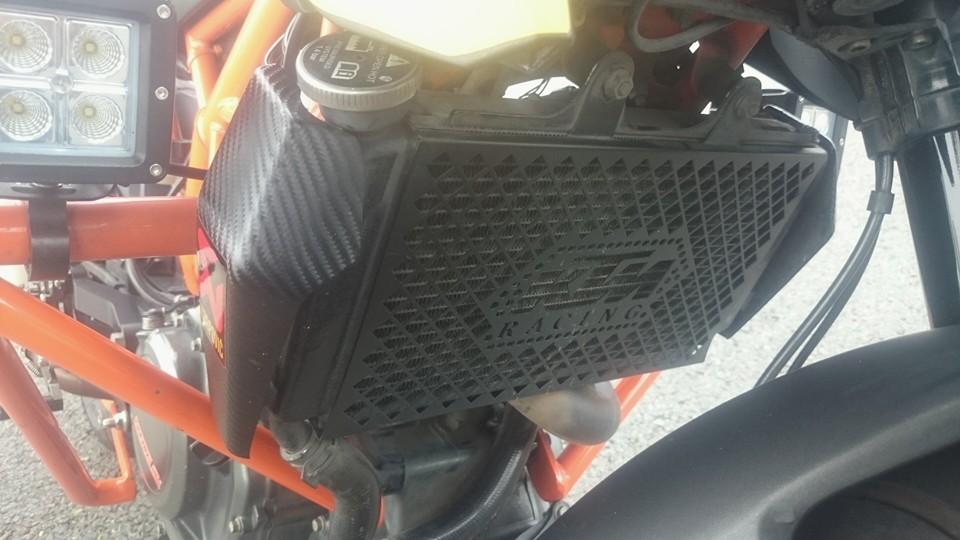 BAN KTM DUKE 390 ABS - 11