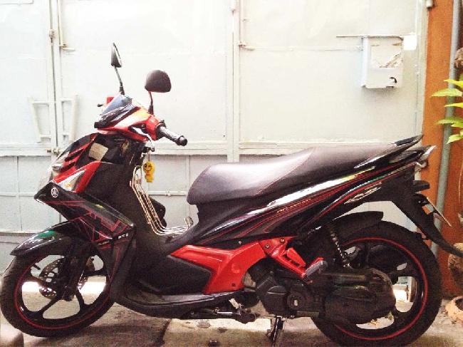 Ban xe Yamaha Nouvo 5 FI do den - 2