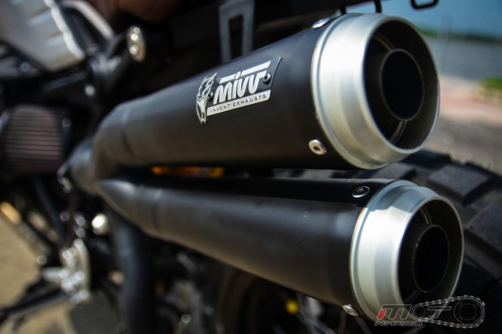 BMW R Nine T voi phien ban do Tracker chat lu - 25